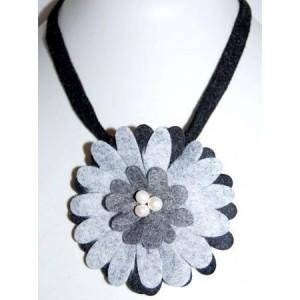 Collier feutrine gris noir