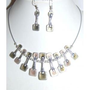 Parure émail et métal argenté, collier graphique, boucles d'oreilles assorties