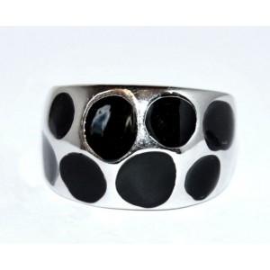 Bague métal argenté, émail noir incrusté