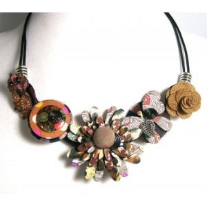 Collier tissu hippie chic marron