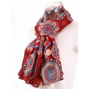 Foulard satiné rondement rouge