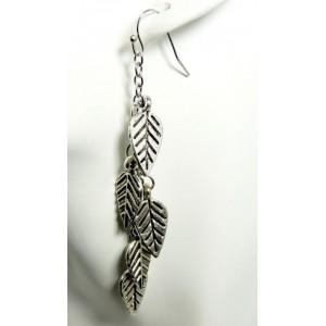 Boucles métal argenté, feuilles suspendues
