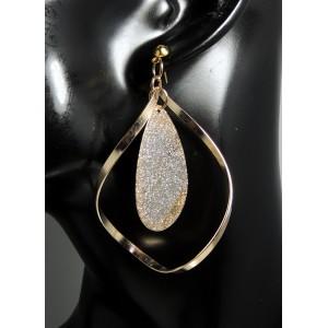 Boucles métal doré torsadé, feuille ovale au centre avec reflet argent