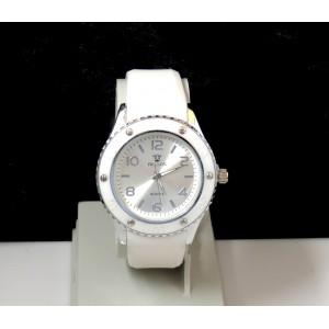 Montre femme cadran rond gris acier et bracelet lisse en silicone blanc