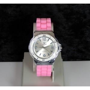 Montre femme cadran rond et bracelet en silicone rose