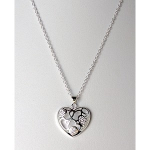 Collier en argent 925 avec un pendentif en forme de cœur ciselé