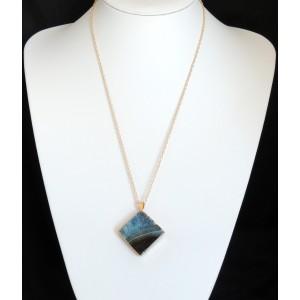 Collier avec pendentif en pierre naturelle bleue plaquée or