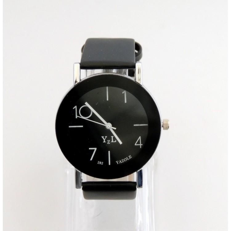 montre femme originale avec cadran noir aiguilles blanches bracelet en cuir noir. Black Bedroom Furniture Sets. Home Design Ideas