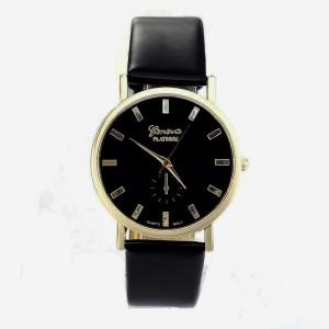 Montre ronde de la marque Geneva, cadran à fond noir et bracelet noir en cuir