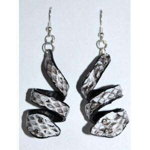 Boucles cuir gris, forme serpent