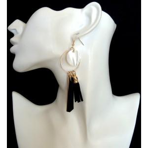Boucles d'oreilles vintage avec nacre et pendentifs
