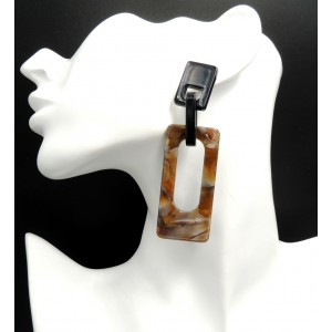 Boucles d'oreilles pendantes de forme géométrique en acrylique de couleur marron et noire