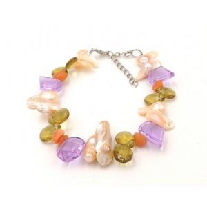 Bracelet en nacre et pierres semi précieuses