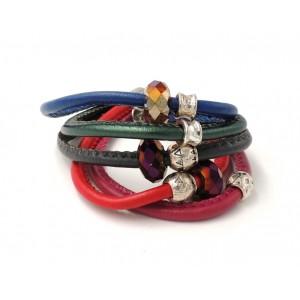 Bracelet en cuir 5 rangs de couleurs différentes, perles métal et pierres facettées