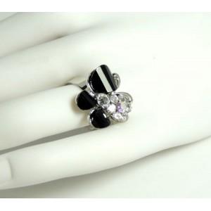 Bague métal argenté et strass, fleur papillon noir, ajustable