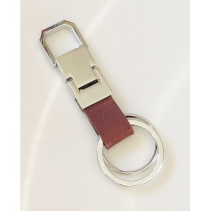 Porte-clés pour homme en métal argenté et cuir grainé de couleur bordeaux