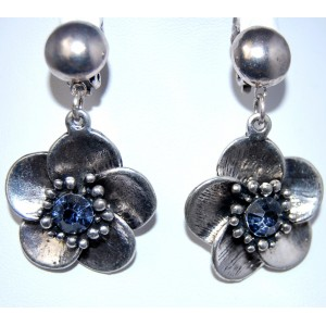 Boucles métal, fleur strass bleu, clips pour oreilles non percées