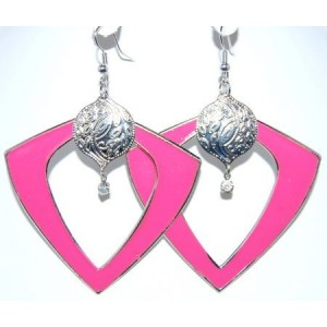 Boucles émail rose fuschia, triangle, pampille