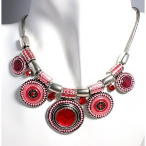 Collier métal argenté laqué rose perles et strass