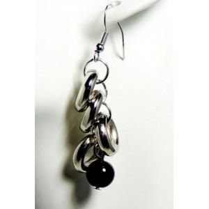 Boucles métal anneaux et perle noire