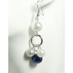 Boucles perles nacrées pendantes 3 couleurs
