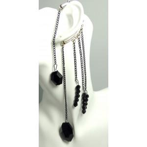 Bijou d'oreille, perles et glands à facette en résine noire sur chaîne en métal argenté