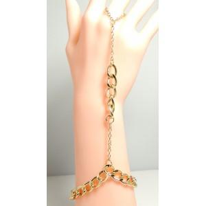 Bijou métal doré pour main, bracelet lié avec chaîne et tour de doigt