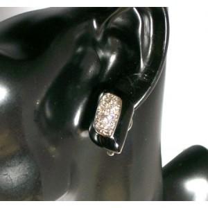 Boucles résine noire forme losange ornée de strass, oreilles non percées