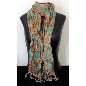 Foulard floral marron et vert, franges façon crochet