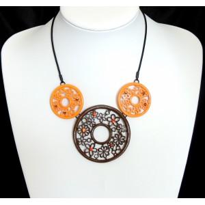 Collier ras de cou en métal, trio chocolat et orange orné de petits strass discrets