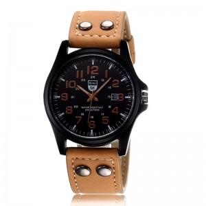 Montre homme avec bracelet en cuir marron clair, chiffres et aiguilles de même couleur