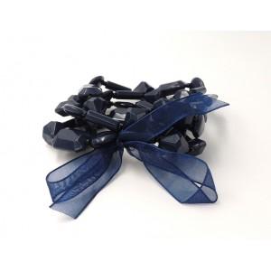 Bracelet avec 4 rangs de pierres couleur bleu foncé, ruban assorti