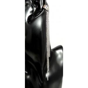 Bijou d'oreille en métal argenté clair mat avec 3 chaînettes