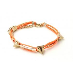 Bracelet avec cordons cirés orange, clous et tube en métal doré