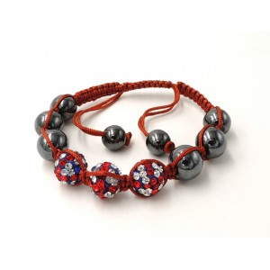 Bracelet Ytara Shamballa avec 3 boule incrustée de cristaux blancs, rouges et bleus et perles de verre gris métallique