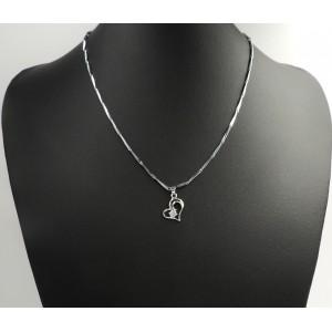 Collier avec maillons biseautés et pendentif en forme de cœur en argent 925 et strass