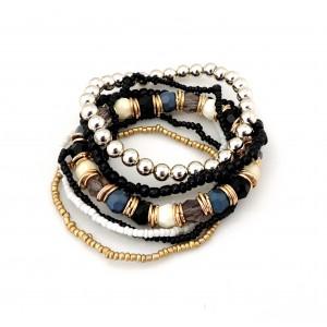 Bracelet avec des perles plusieurs couleurs,